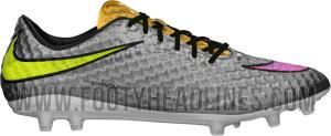 A chuteira Nike Hypervenom prateada do Neymar