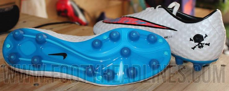 Detalhes do solado nova chuteira Nike Hypervenom branca