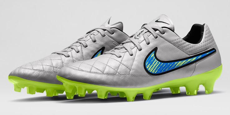A chuteira Nike Tiempo Branca 2014-2015