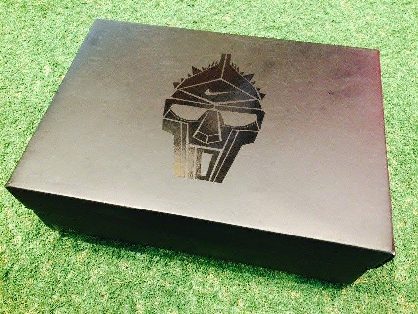 caixa-chuteira-nike-tiempo-legend-totti