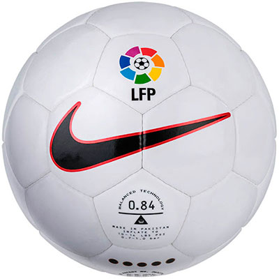 De 96-97 a 16-17  as 20 bolas da Nike para o Campeonato Espanhol ... c263b3f54ad15